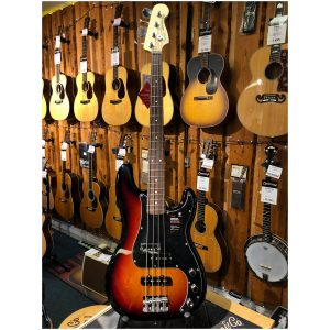 Fender P-Bass Performer