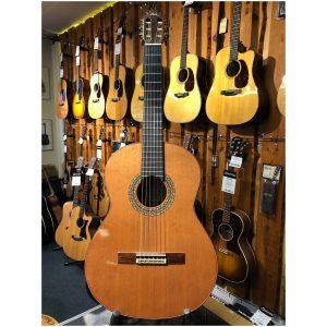 Manual Rodriguez Model E. Rio Madagascar Rosewood Classical Guitar