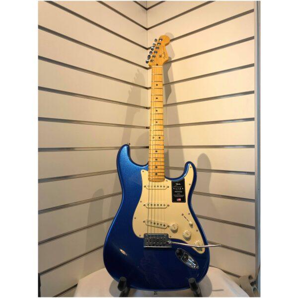Fender Stratocaster Ultra Cobalt Blue