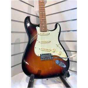 Fender Stratocaster Deluxe Roadhouse